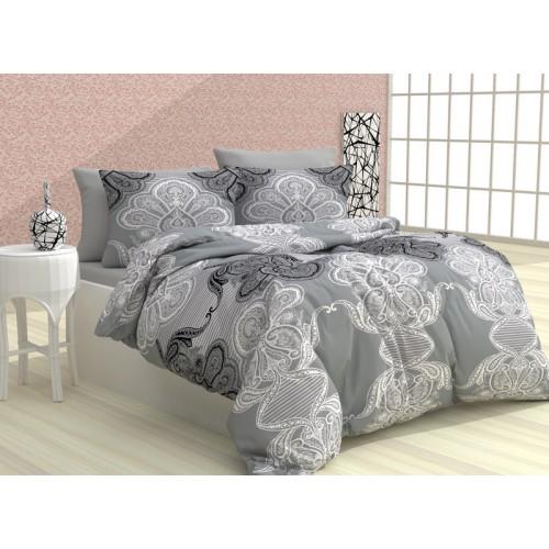 Асея в сиво спално бельо от 100% памук