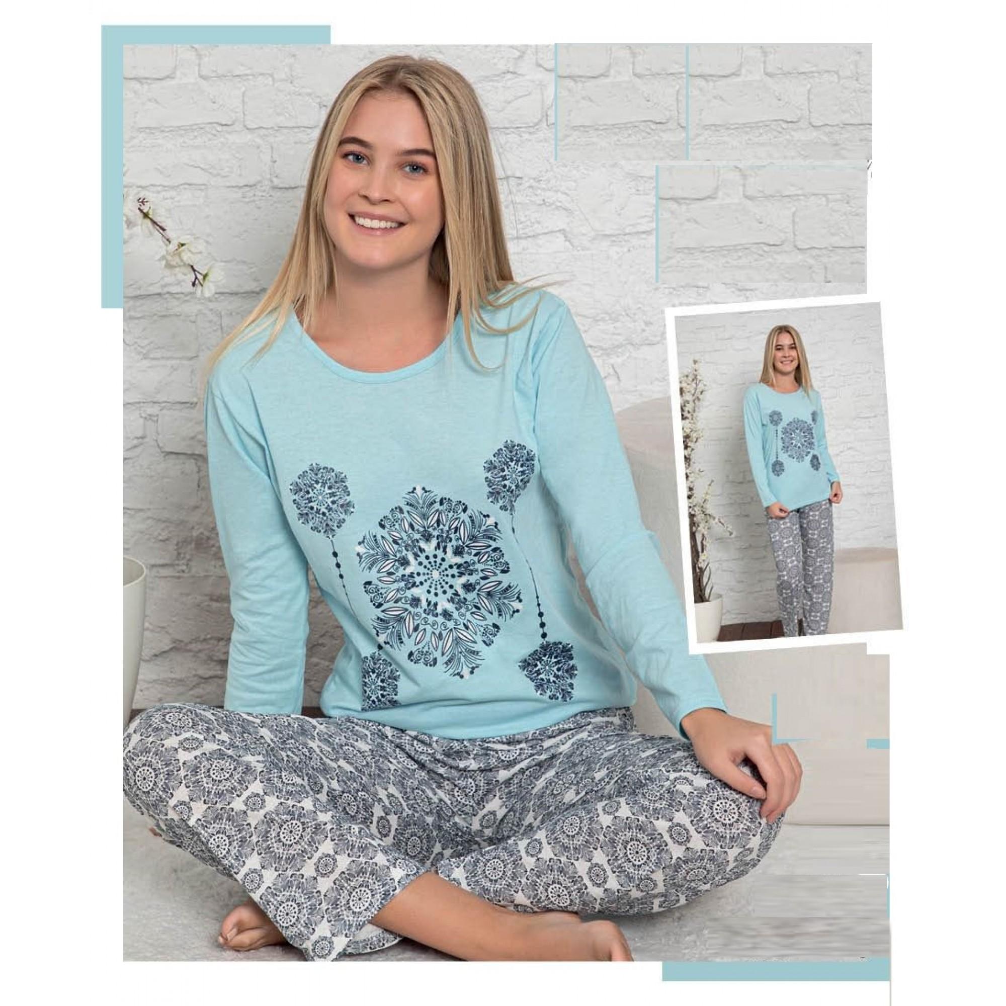 Дамската пижама Lili от трико