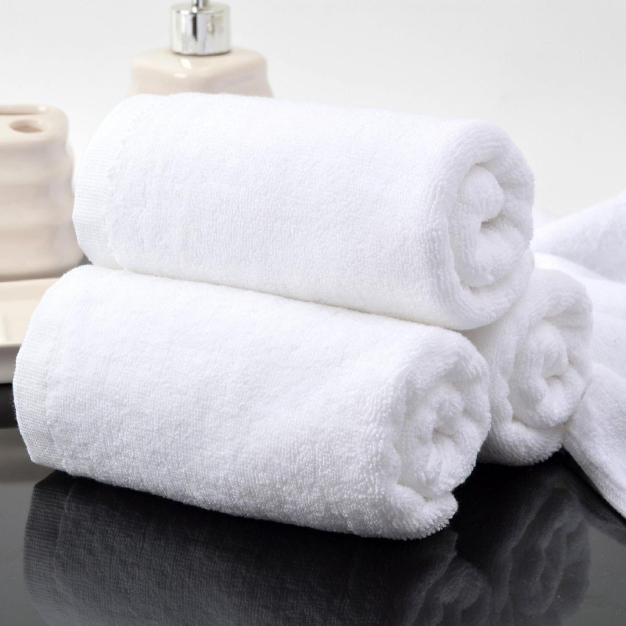 Бяла хавлиена кърпа 50/90 за Хотел
